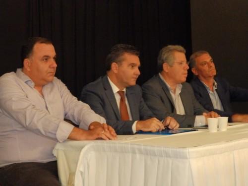 B. Λουκέρης, Γ. Bλάχος, Mπ. Λυκούδης και Σ. Σαββαόγλου στο χθεσινοβραδινό πάνελ