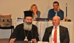 Ο μητροπολίτης κ. Δηνμήτριος, κατά τη χθεσινή του εμφάνιση στο Δημοτικό Συμβούλιο (φωτό inkefalonia)
