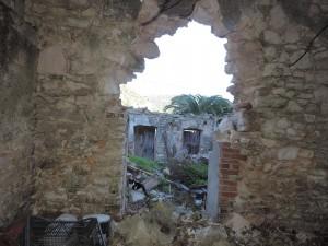 Φωτό από τις μεγάλες ζημιές που υπέστη η Ιθάκη από τον χθεσινό σεισμό της Λευκάδας