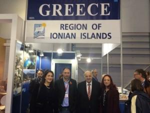 Φωτό από το περίπτερο των Ιονίων Νήσων στη Διεθνή Εκθεση Τουρισμού στο Λονδίνο