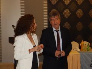 Ο αντιπρόεδρος της ΕΠΣΚΙ κ. Θέμης Βαλσαμής με την γραμματέα της Ενωσης κ. Χρύσα Κοσμάτου
