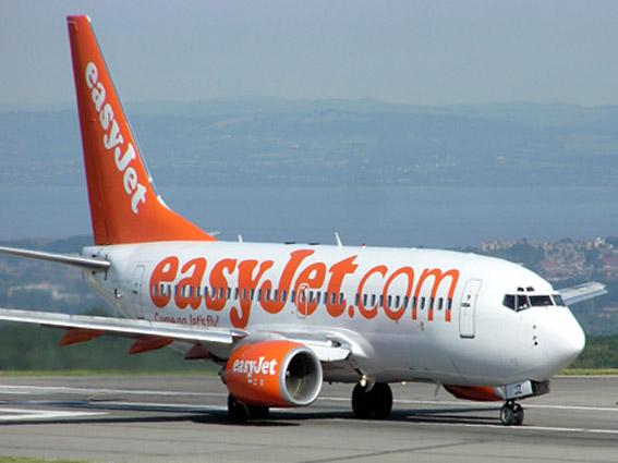 easyjet-faro-airport_8